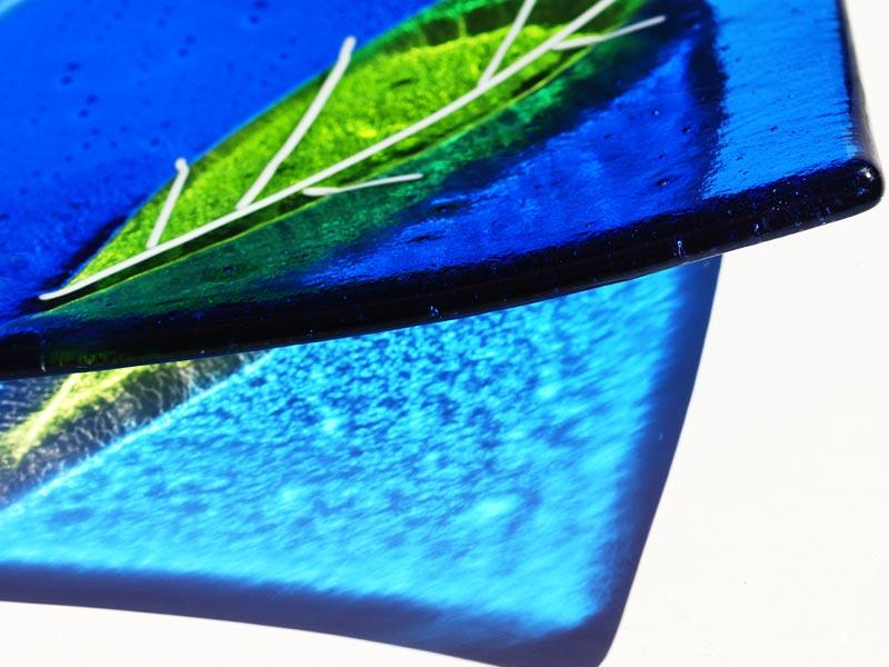 Sue King - Blue & Green Leaf Dish - Detail-th